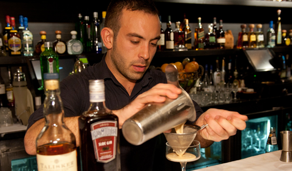 Bartender – Tim Philips – Article